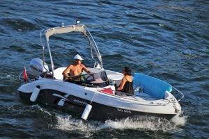 derechos de accidente en bote